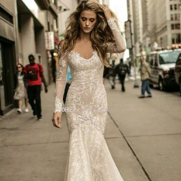 Dresses & Skirts - The beautiful lace applique wedding or prom gown